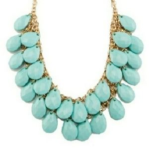 •NWT• STATEMENT Necklace Turquoise